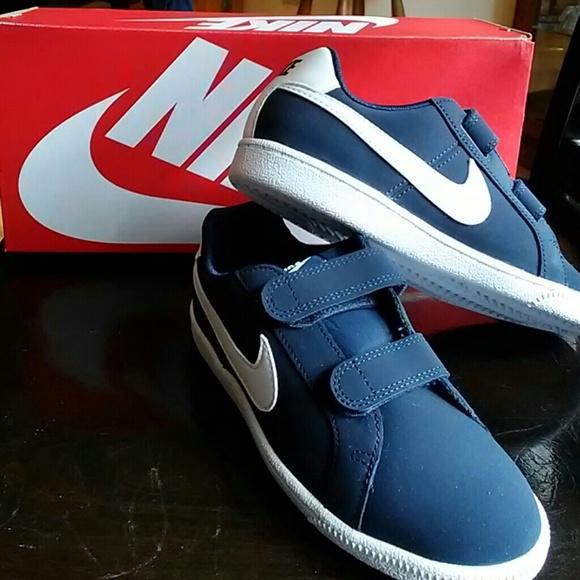 Nike Court Royale Velcro Navy Blue
